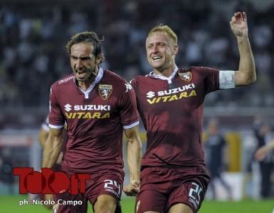 30.08.15, Torino, stadio Olimpico, 2.a giornata Serie A, Torino-Fiorentina, nella foto: Emiliano Moretti esulta dopo 1-1